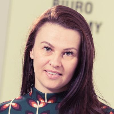 Justyna Zientak specjalista ds. reklamy i sponsoringu E-mail: justyna.zientak@radiopoznan.fm - Radio Poznań