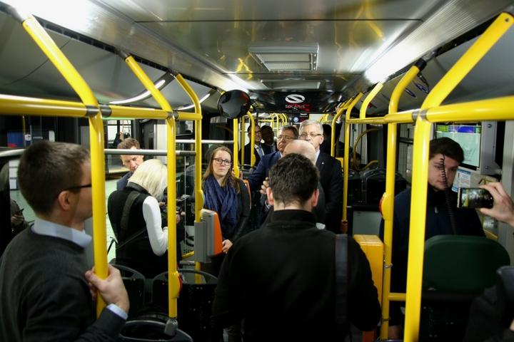 autobus nowy solaris (11) - Justyna Kowalewska