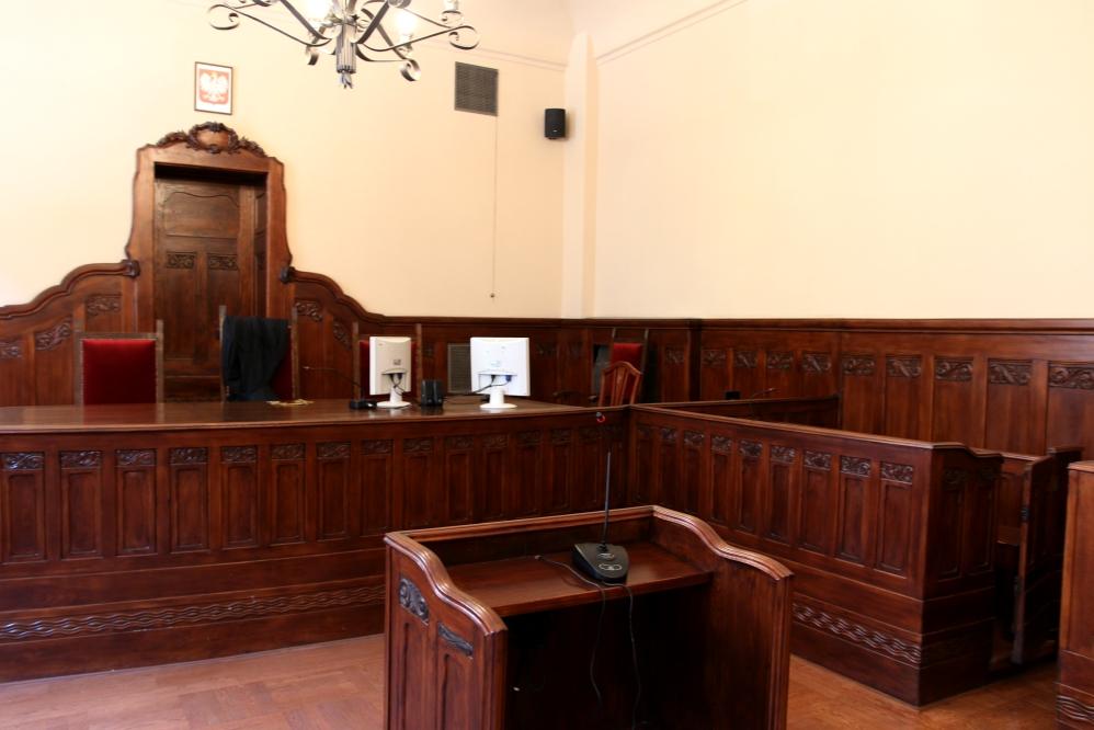 sąd sala sądowa - Anna Adamczyk