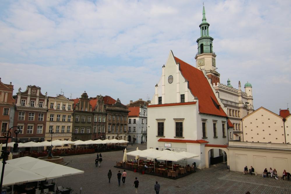 stary rynek ratusz ogródki poznań - Anna Adamczyk