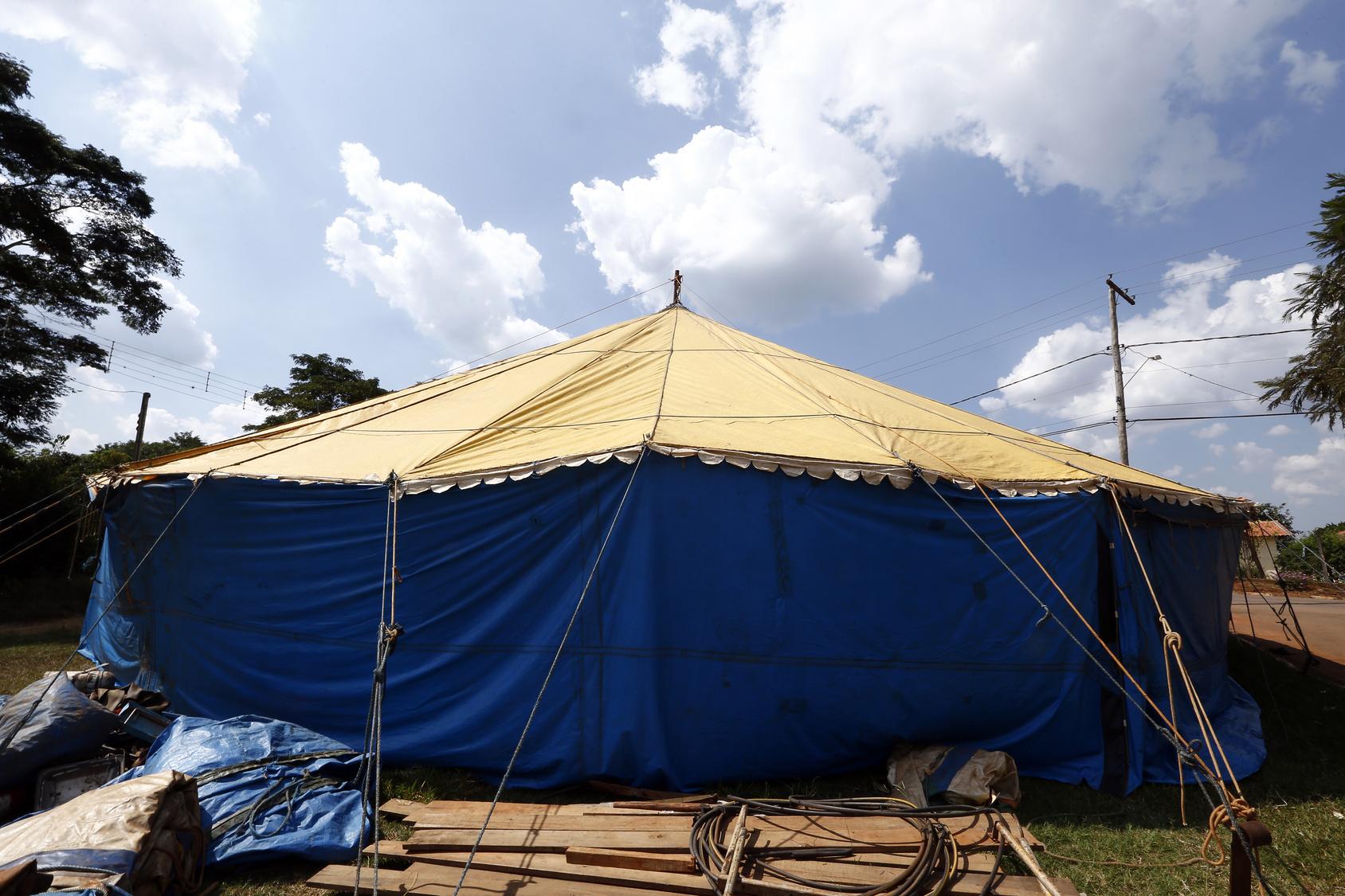 cyrk namiot cyrkowy