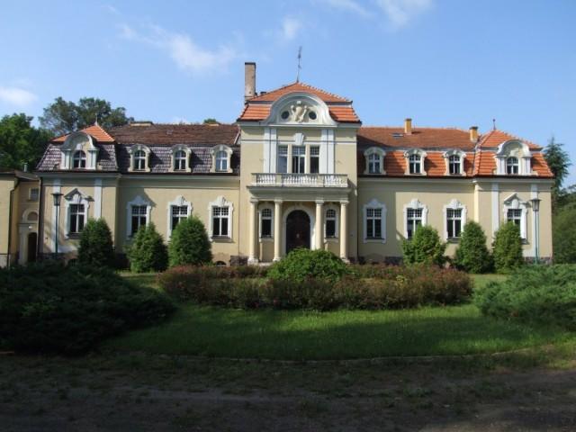 pałac w mielnie - Powiat Gnieźnieński