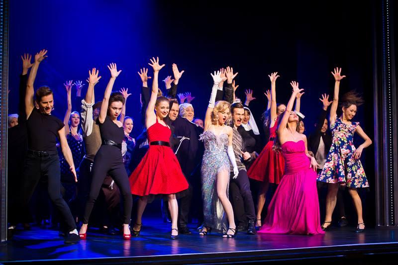 muzyczny taniec - Fotobueno/Teatr Muzyczny