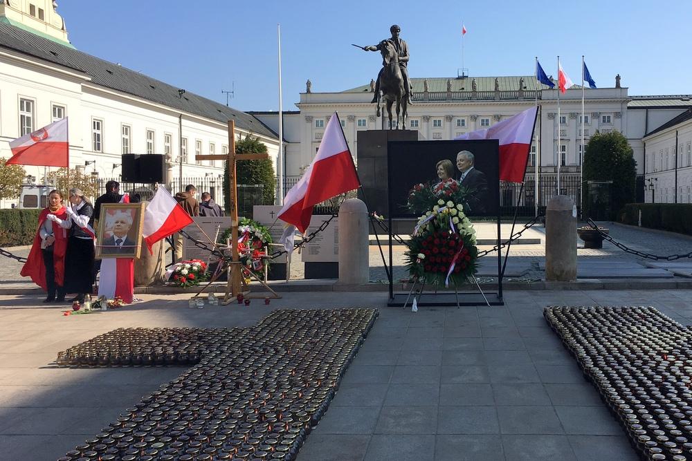 obchody rocznicy smoleńskiej (2) - Szymon Mazur