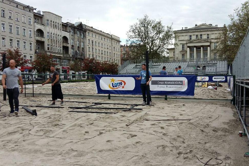 Plaża na Placu Wolności - Radio Poznań d06bb046efc