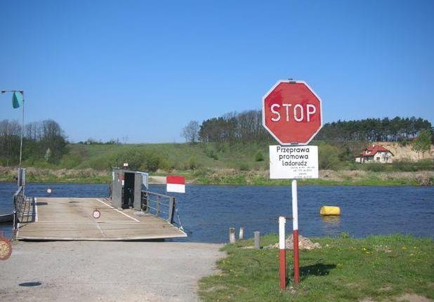 Prom na rzece w gminie Krzymów - Gmina Krzymów