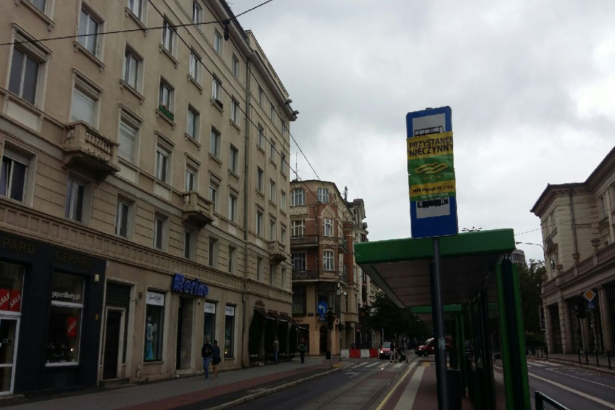 Nieczynny przystanek Poznań - Magdalena Konieczna