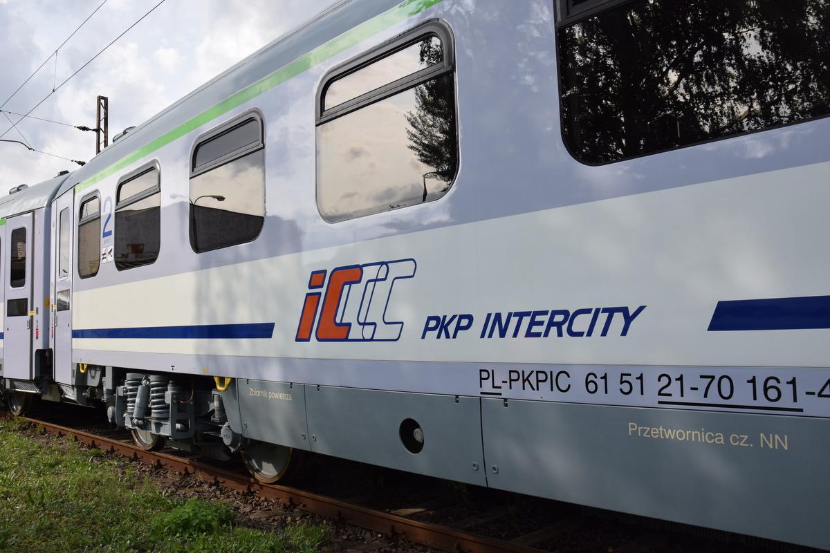 pociąg intercity - P. Jurewicz