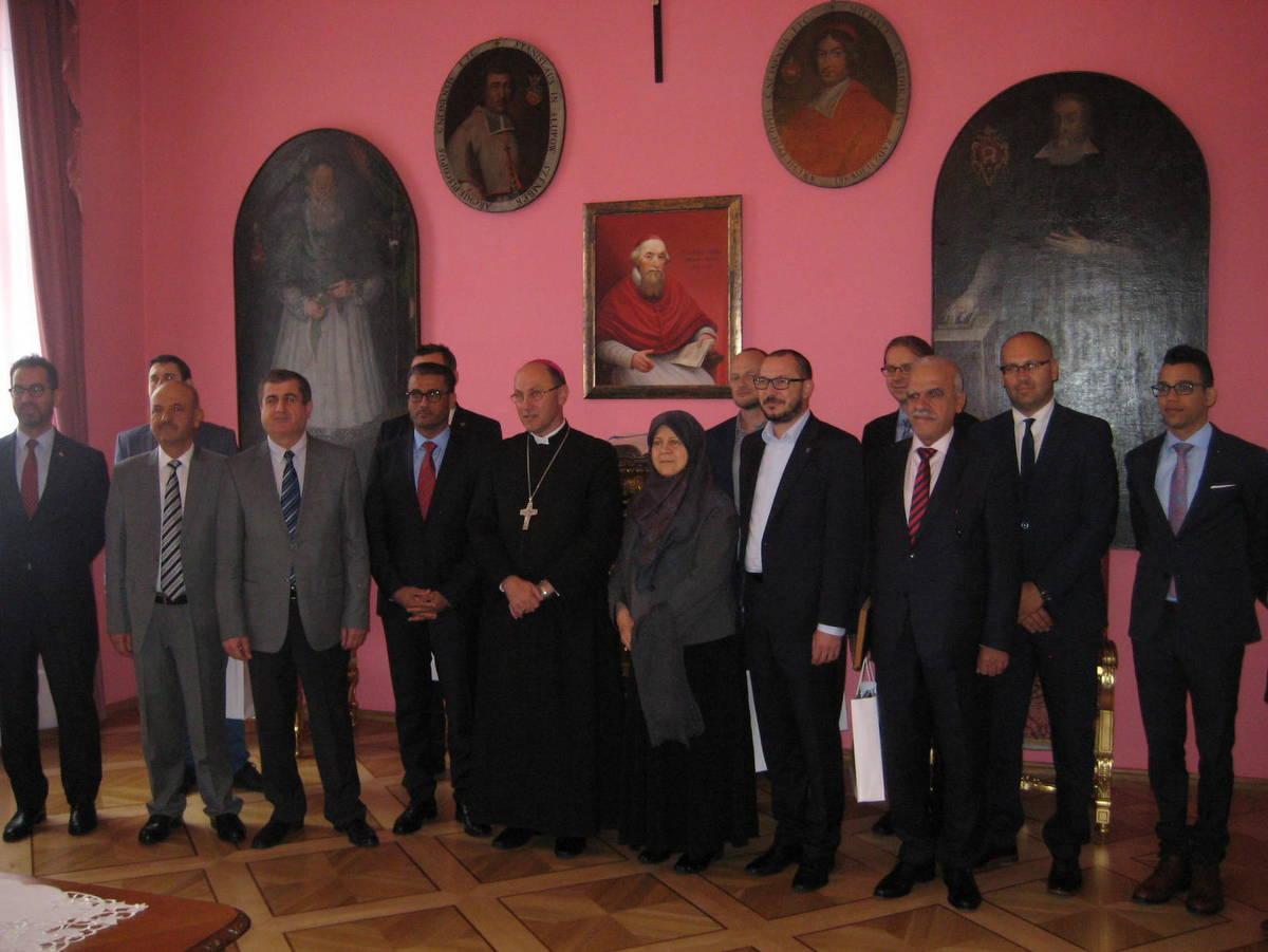 Iracka delegacja u prymasa Polski - Rafał Muniak