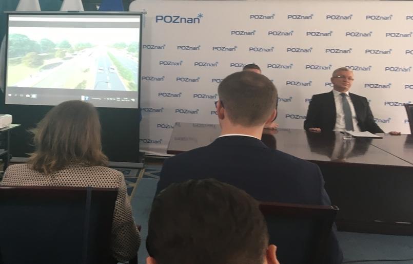 Jacek Jaśkowiak prezentacja trasy na Naramowice - Adam Michalkiewicz