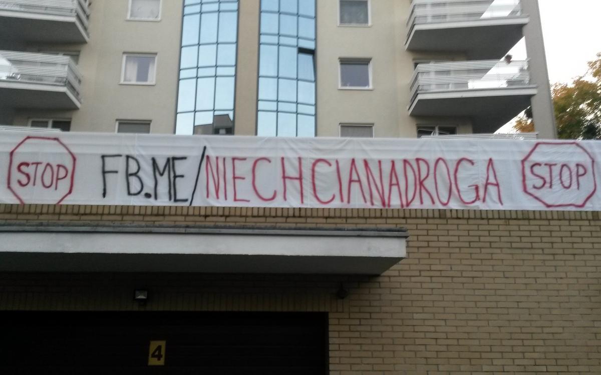 Niechciana droga protest - Jacek Butlewski