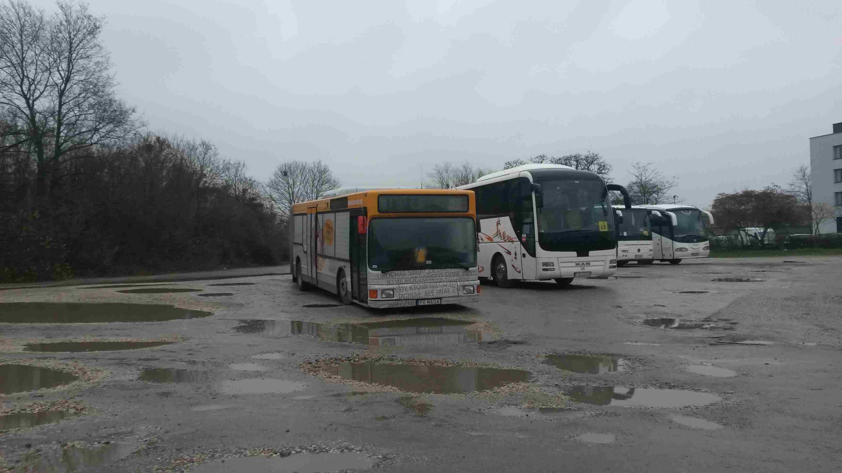 Autobus pomoc bezdomnym Poznań - Jacek Butlewski