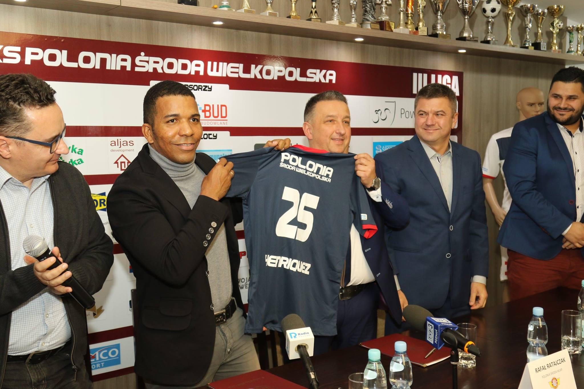 henriquez - www.facebook.com/poloniasroda/