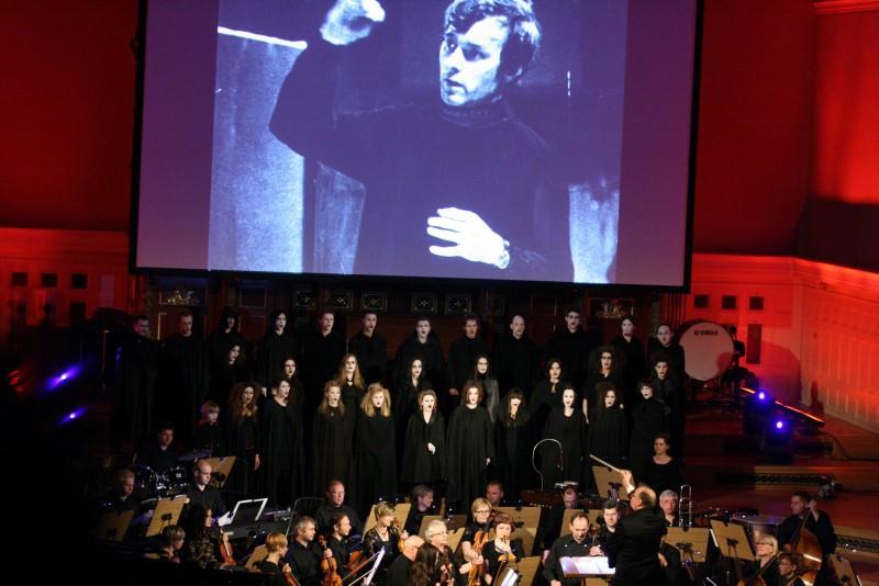 Rocznica śmierci Komedy - koncert - Antoni Hoffmann
