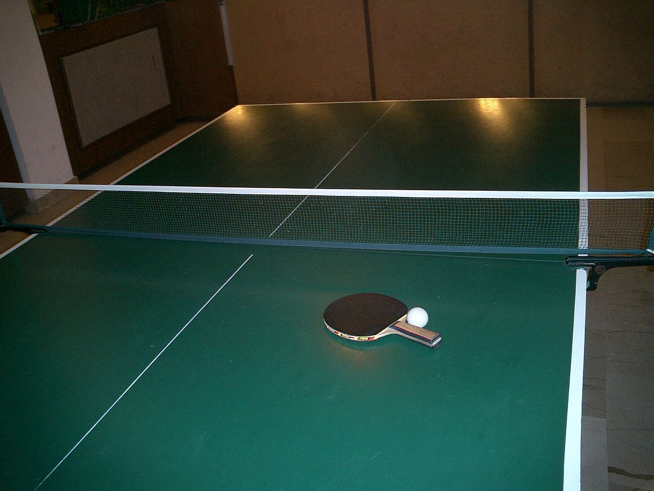 tenis stołowy ping pong - West Brom 4ever - CC:Wikimedia Commons