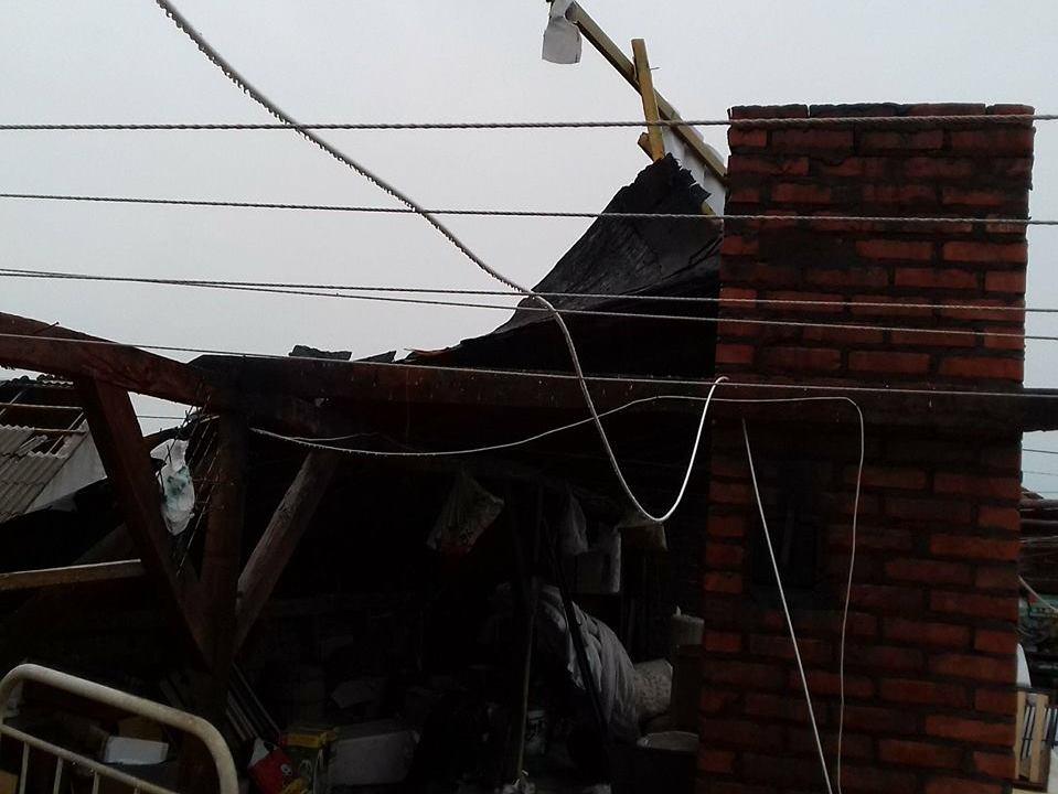 kramsk pole deszcz zerwany dach - Ochotnicza Straż Pożarna w Kramsku