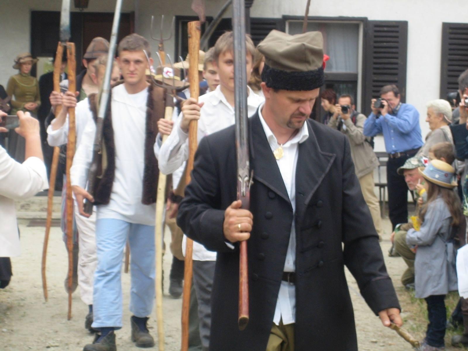 Niedziela u Niechciców Russów - Niedziela u Niechciców Facebook