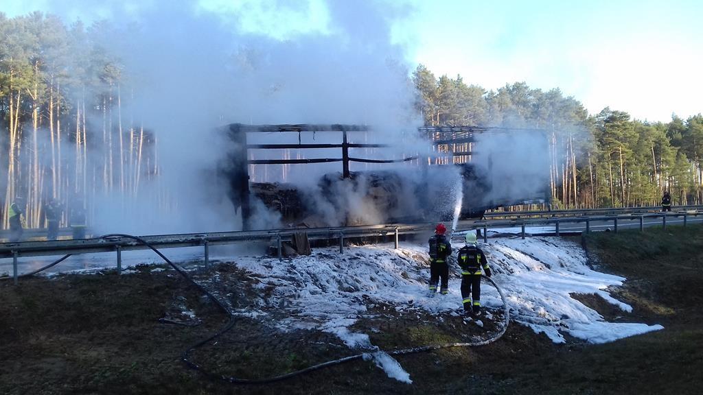 a4 pożar ciężarówki 16 listopada 2018 - PSP Nowy Tomyśl