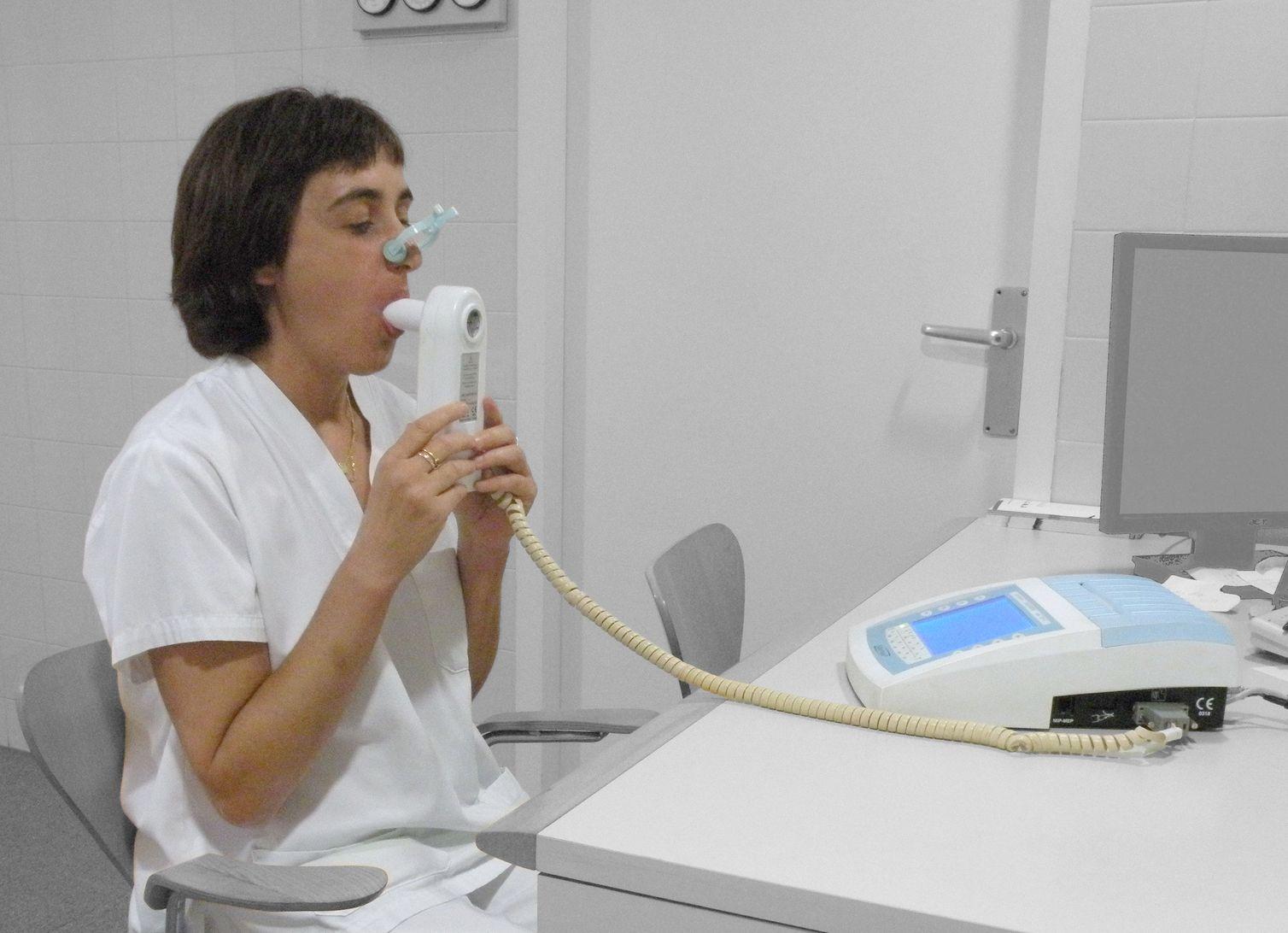 spirometria badanie płuc - Jmarchn - Wikimedia Commons