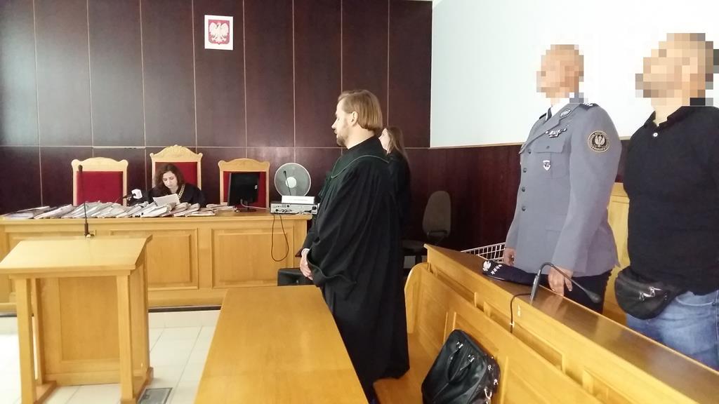 policjanci oskarżeni o pobicie podczas euro  - Magdalena Konieczna