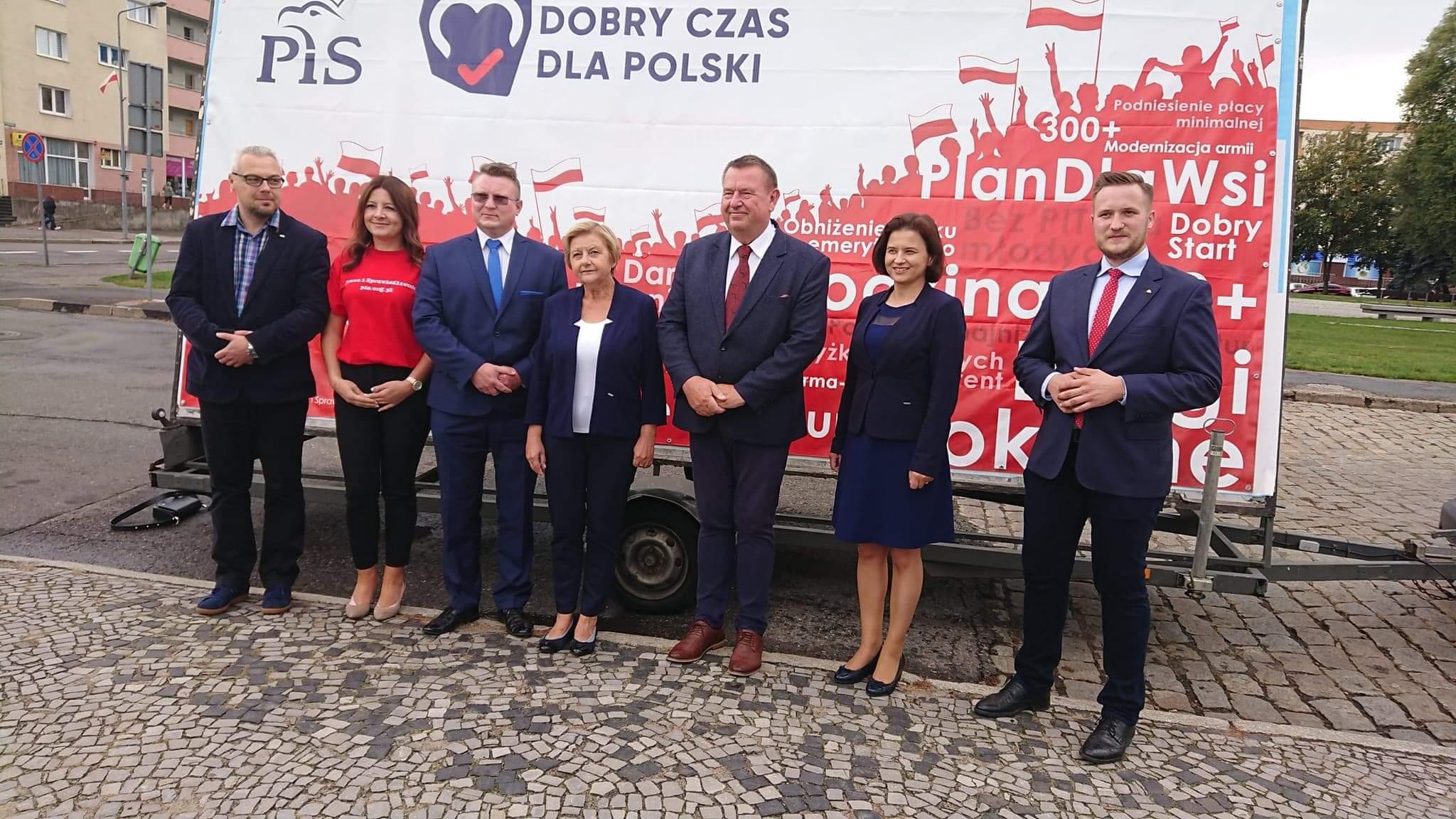 PiS kampania piła  - Przemysław Stochaj
