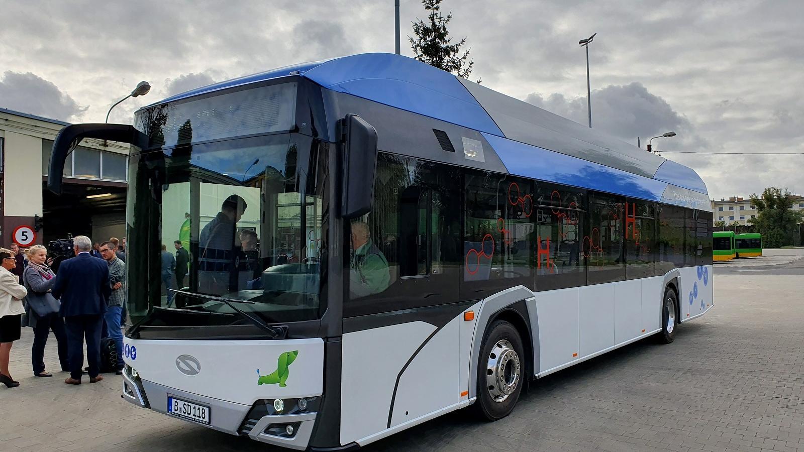 autobus na wodór solaris - UMP