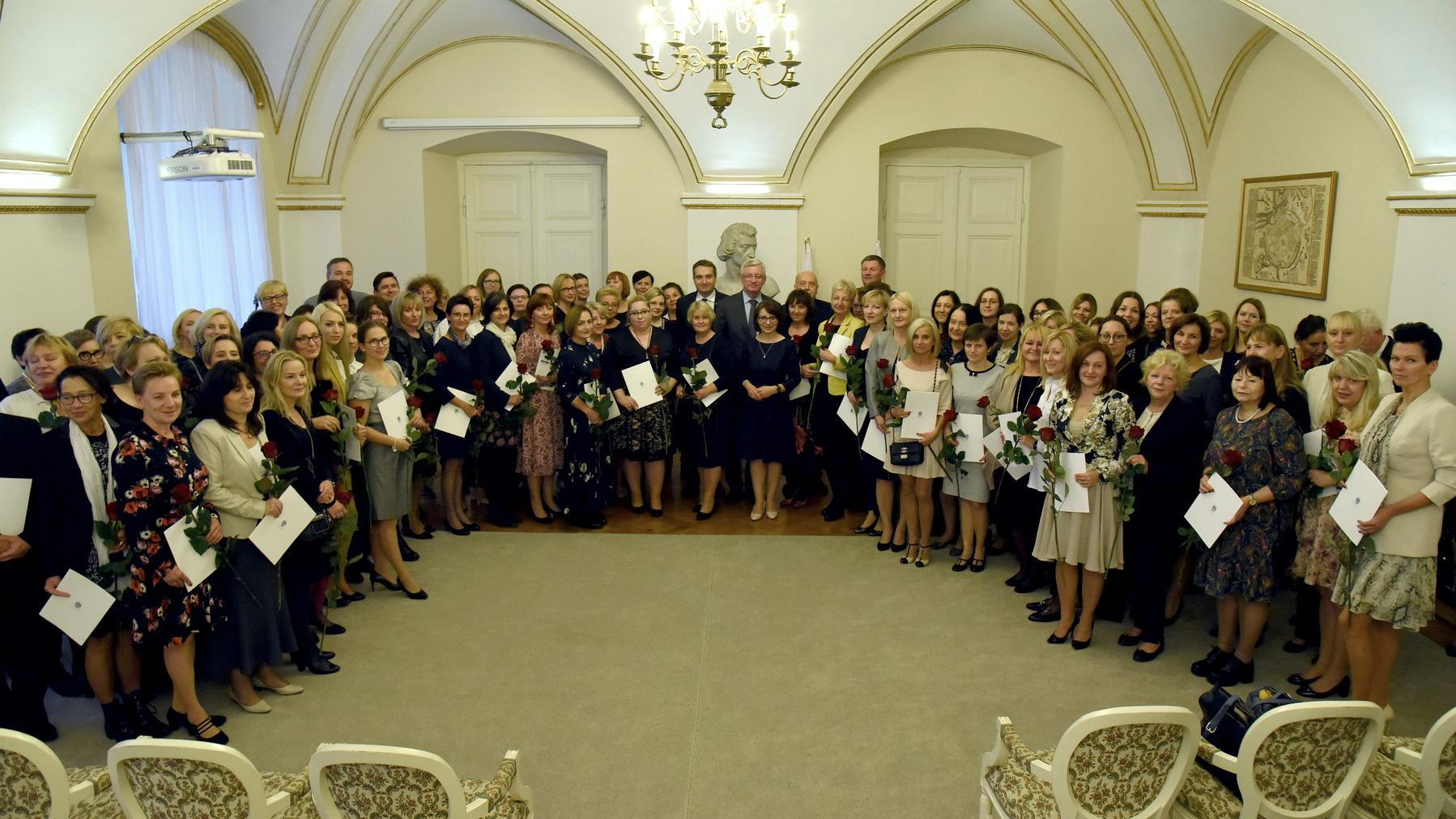 nagrody dla nauczycieli poznań - UMP