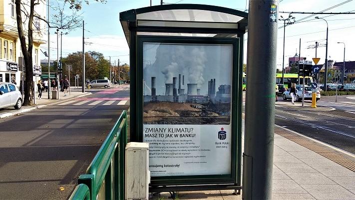 plakaty akcja o PKO BP  - http://www.rozbrat.org/