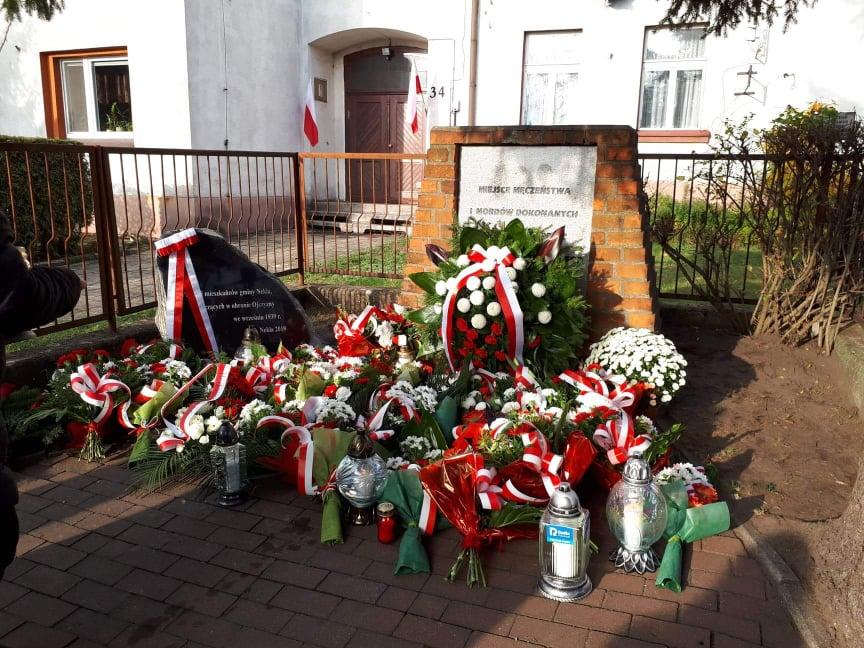 nekla odsłonięcie tablicy upamiętniającej walczących mieszkańców - Jacek Liersch
