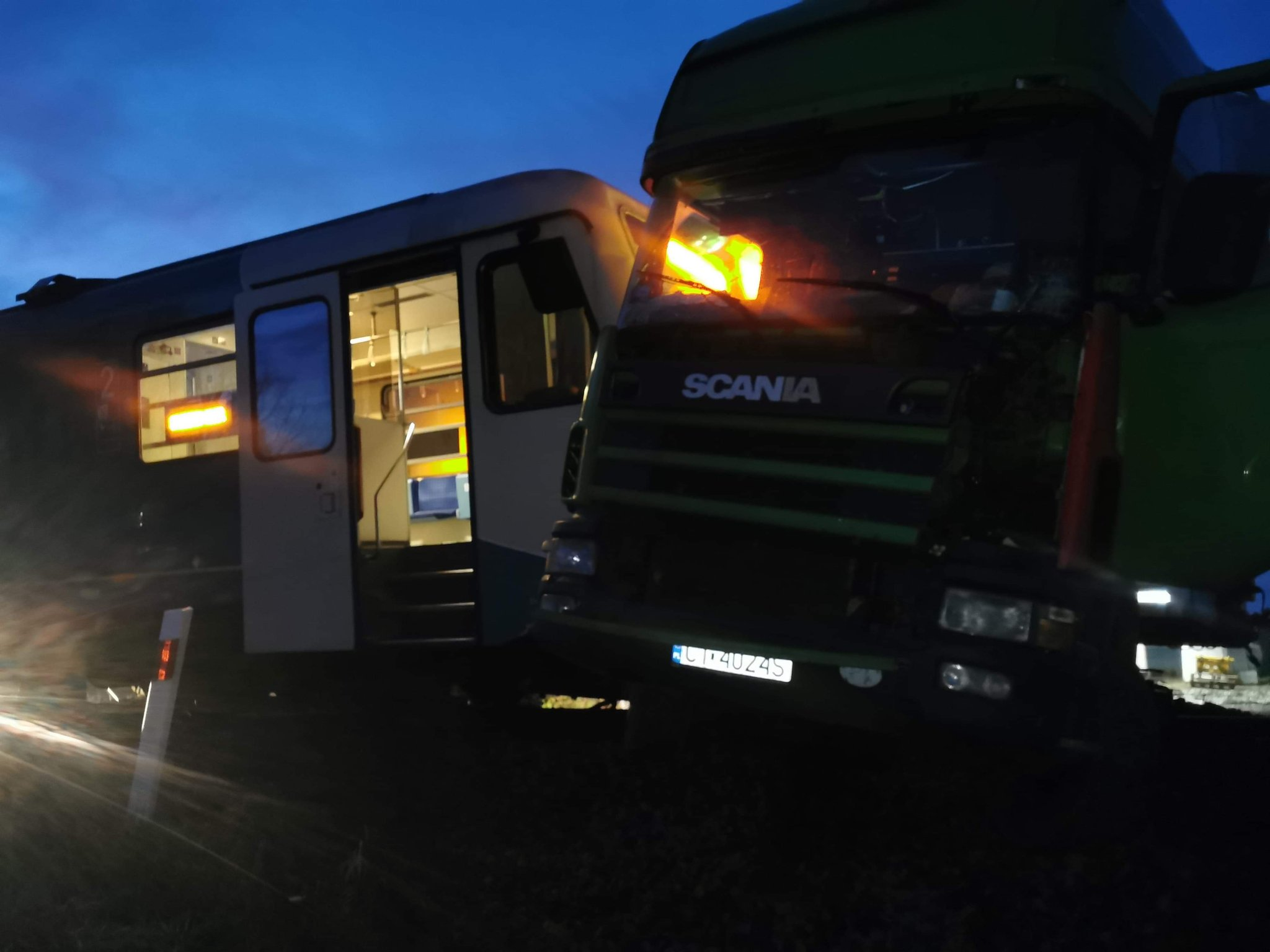 pociąg wypadek ciężarówka - OSP Granowo