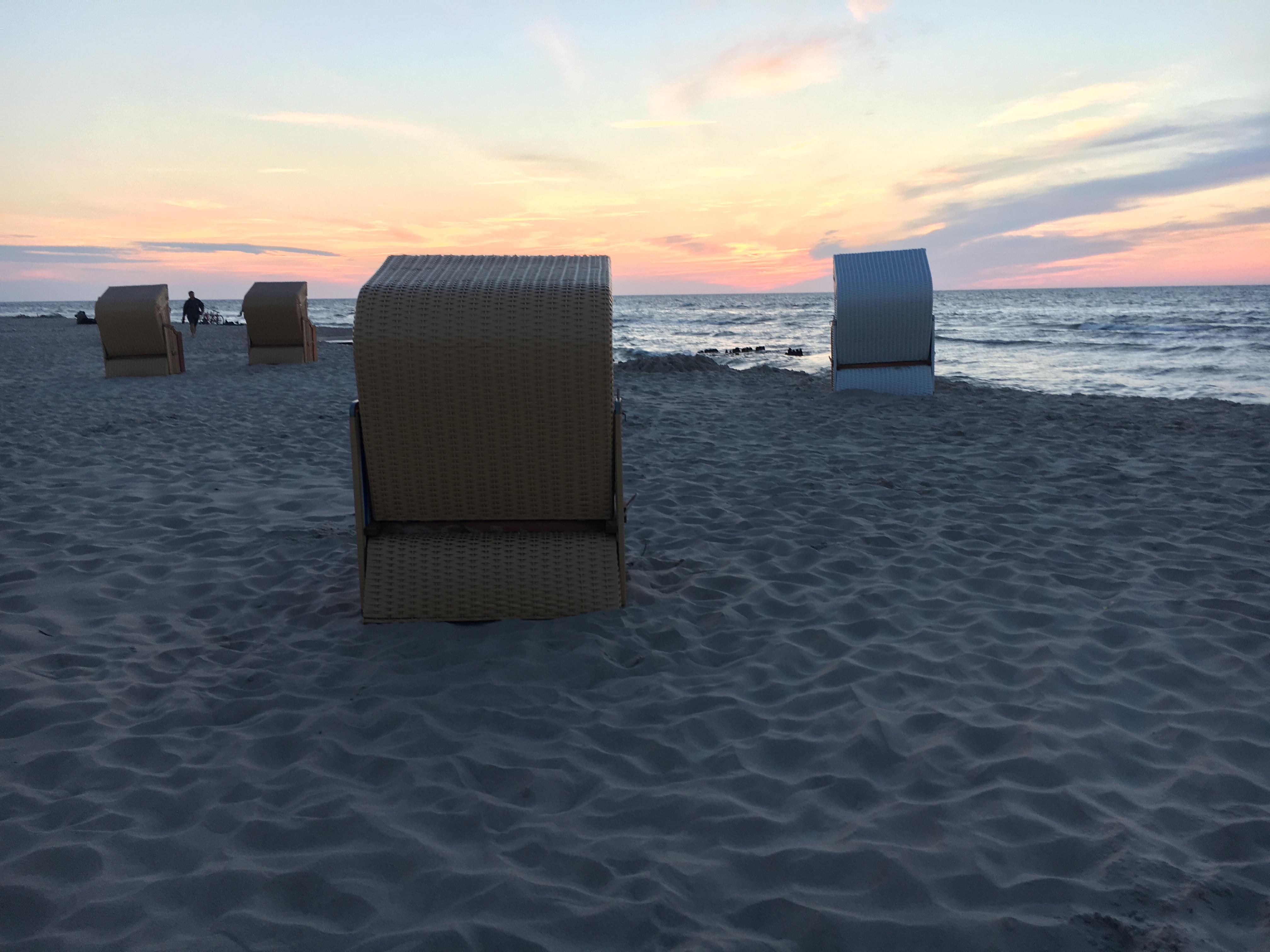 morze plaża wakacje - Wojtek Wardejn