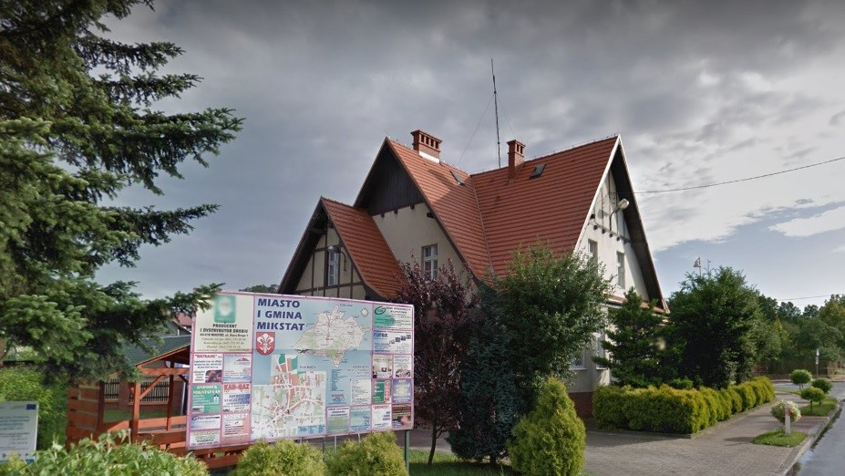 urząd gminy mikstat - Google Street View