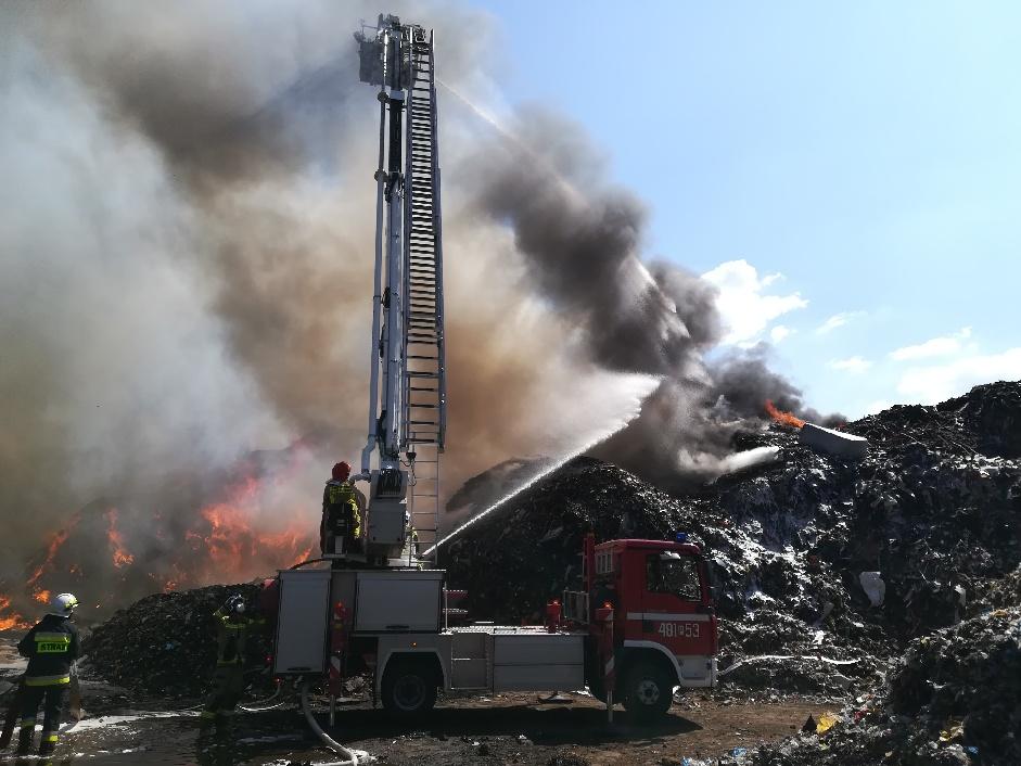 pożar wysypiska przysieka polska  - Dawid Kryś  - Komenda Powiatowa Państwowej Straży Pożarnej w Kościanie