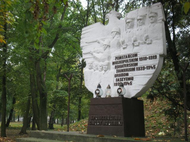 Duszniki - pomnik Walk i Męczeństwa/fot. Jacek Lichocki