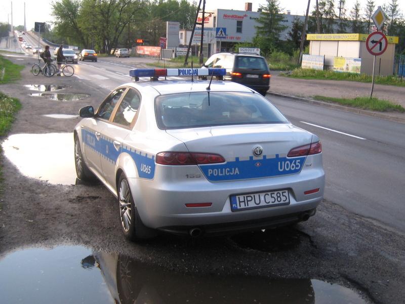 radiowóz na wylotówce, kontrole policyjne - Jacek Butlewski