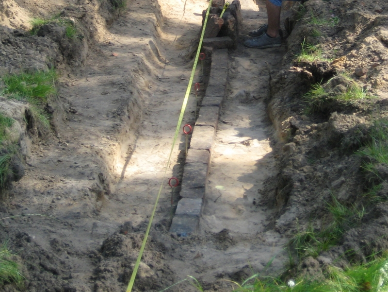 wykopaliska archeologiczne - Jacek Butlewski