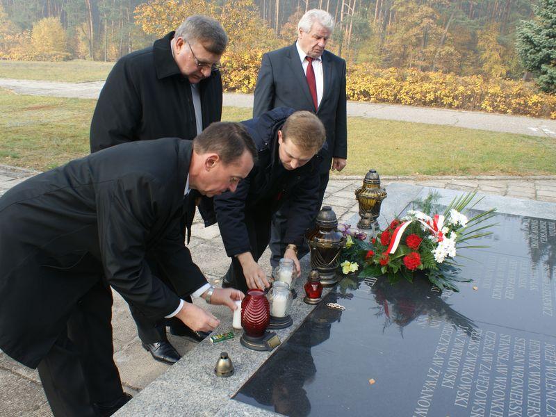 Akcja Zapal Znicz Pamieci w Chełmnie nad Nerem