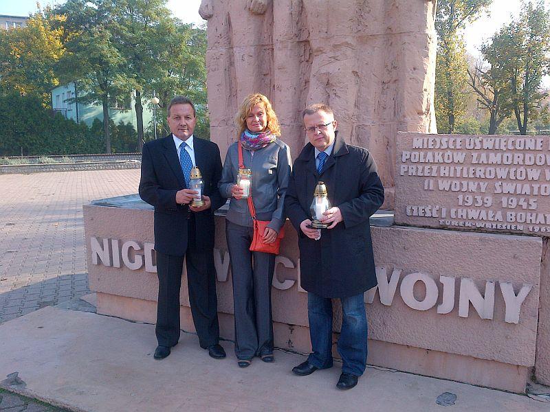 Zapal znicz pamięci 2012 - Uroczystości w Turku Fot. Dariuszy Młynarczyk