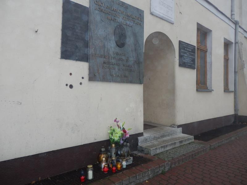 Zapal Znicz Pamięci 2012 na placu Wolności w Koninie