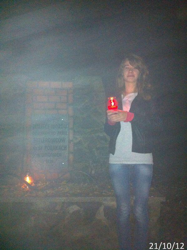 Znicz Zapal Znicz Pamięci 2012 - pomnik na Dalkach w Gnieźnie