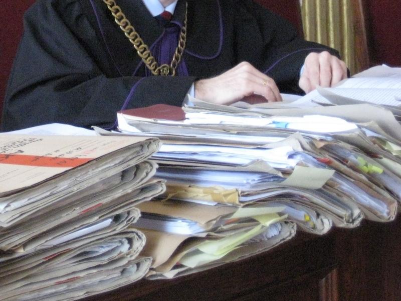 Sąd, wyrok, akta - Danuta Synkiewicz