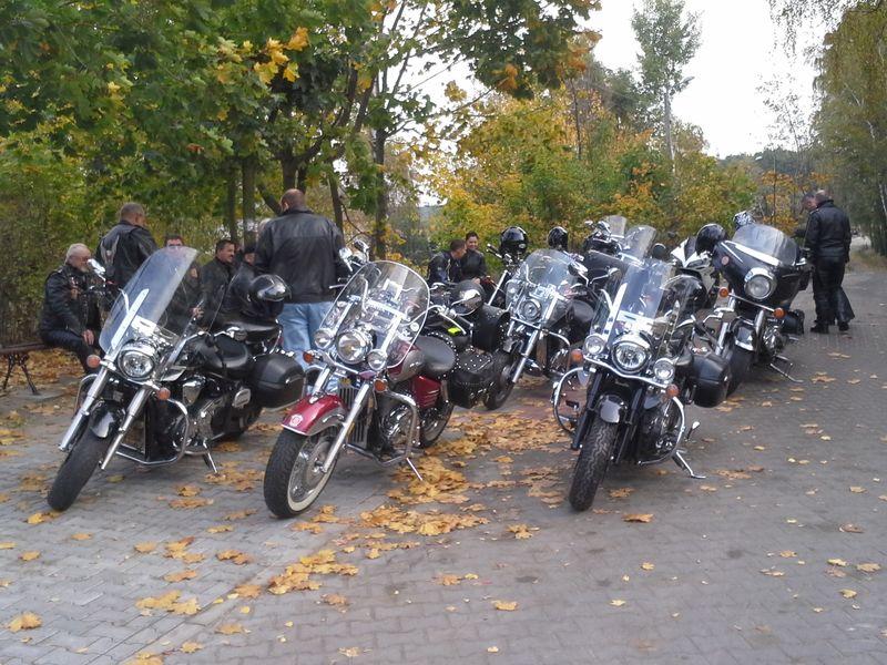 Motocykliści z Mosiny wyruszają zapalić Znicz Pamięci