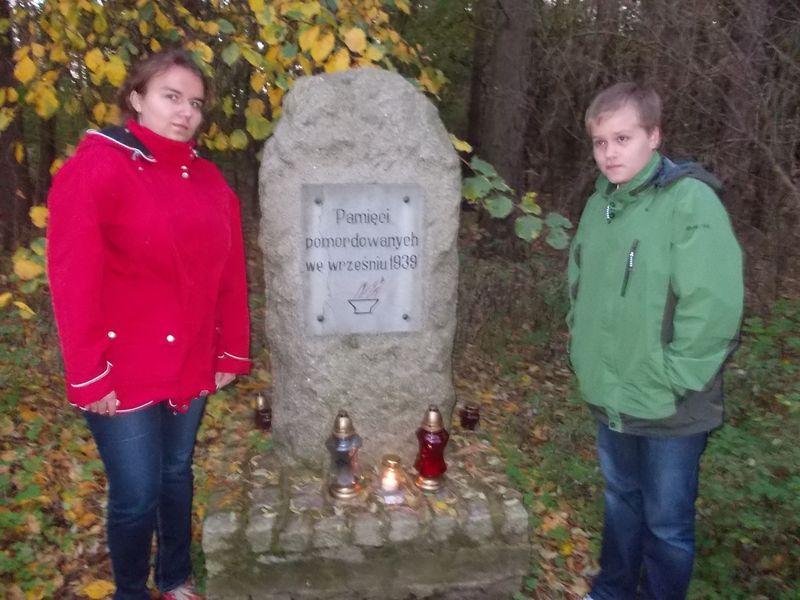 Pomnik w Olszynie w gminie Rogoźno, gm. Oborniki