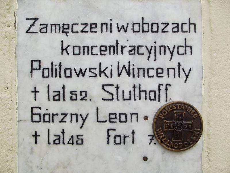 Rowerzyści i mieszkańcy zapalili znicz w Byszkach k. Piły
