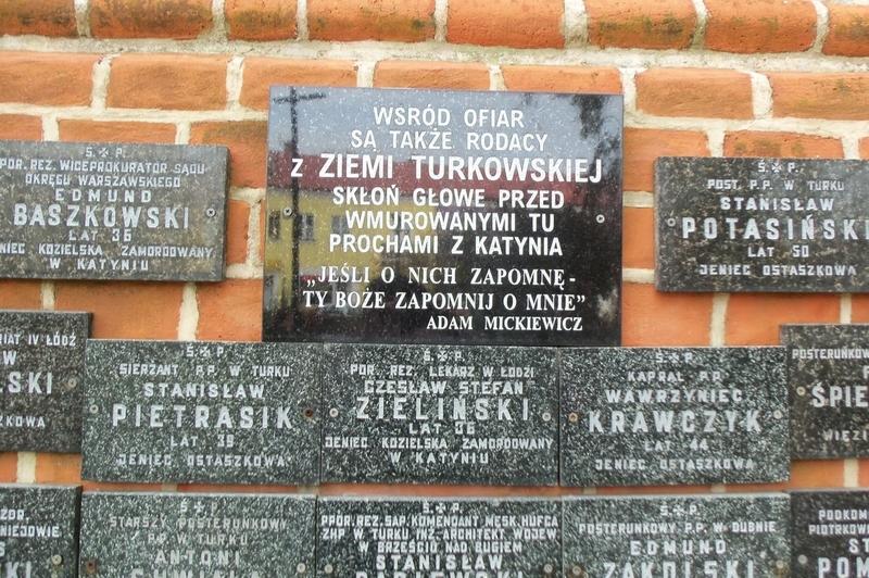 Znicz zapalili uczniowie Gimnazjum nr 2 im. Mikołaja Kopernika