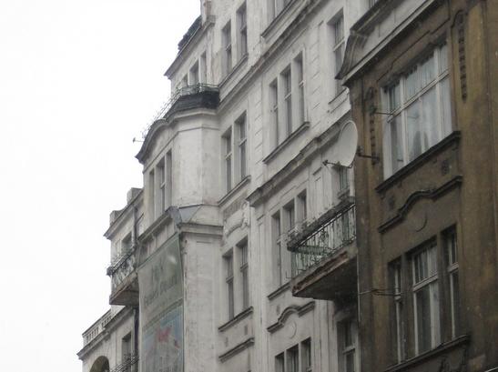 Budynek, kamienica, dom - Radio Merkury