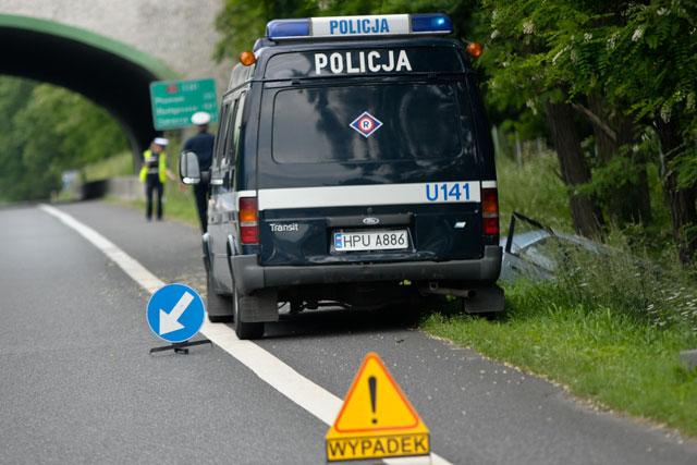 Policja i wypadek samochodowy - Przemek Modliński - Radio Merkury