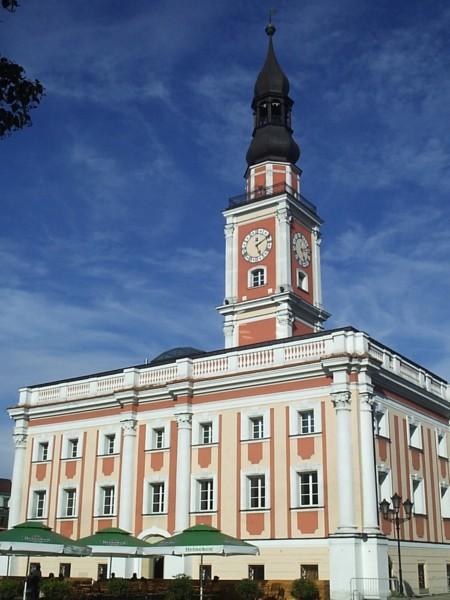 Leszno_ratusz - Wikipedia - Leszno