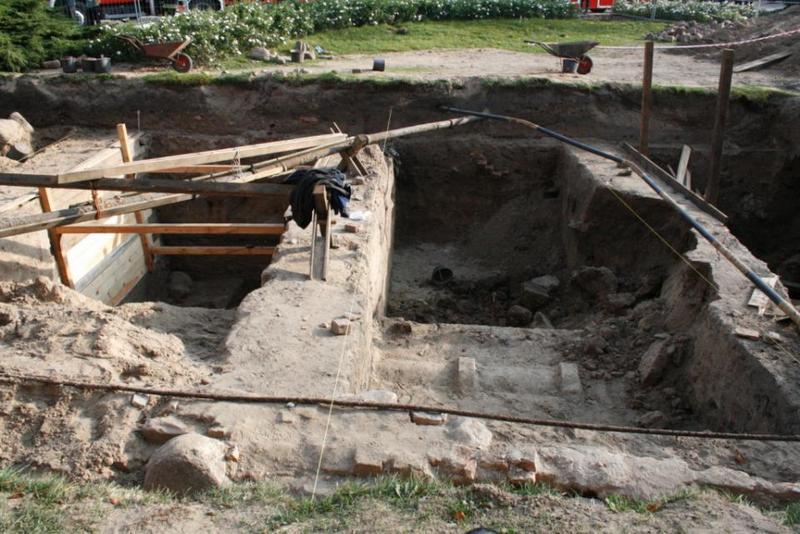 wykop archeologiczny ostrow tumski - Straż Pożarna/Poznań