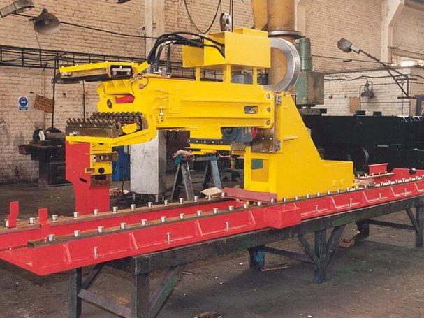 maszyna fabryczka obrabiarka - Fugo Konin